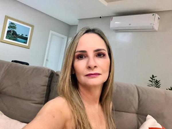 DENISE MATIAS SANTOS - MÉDICOS - CIRURGIA PEDIÁTRICA